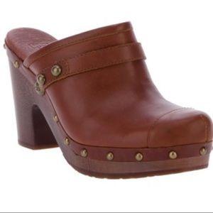 UGG Jolene brown leather clogs